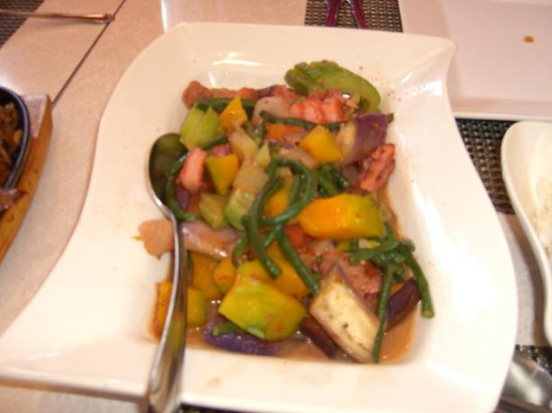 Pinakbet (Filipino Meat Veggie Stew With Shrimp Paste)