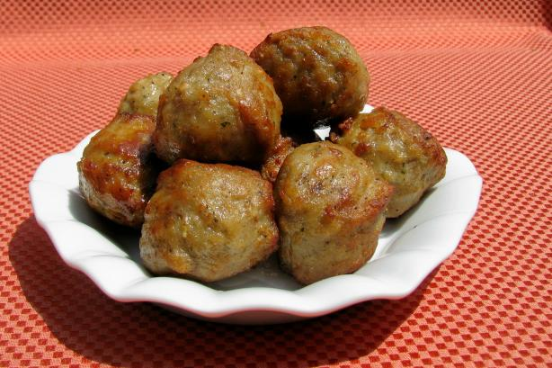 Spicy Spanish Albondigas (Meatballs)
