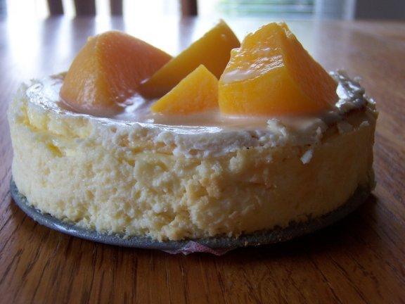 Carameled Peach Cheesecake
