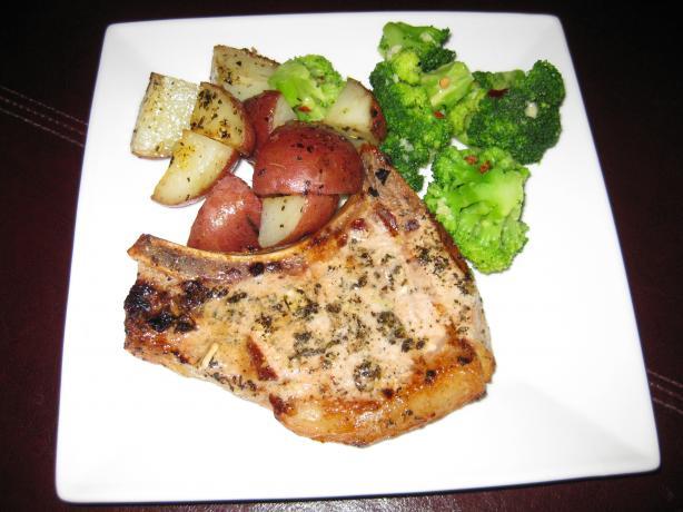 Garlic-Grilled Pork Chops