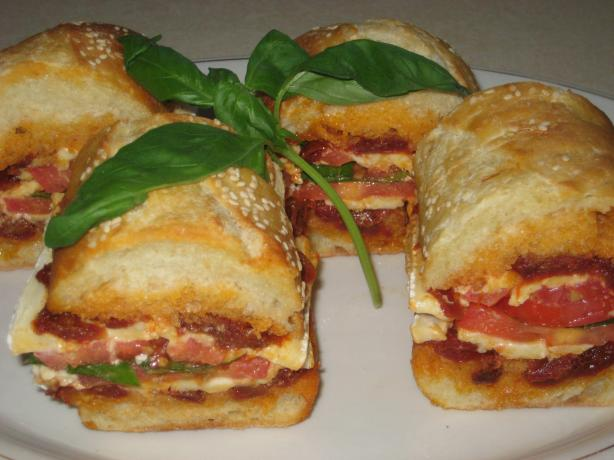 Double Tomato & Brie Sandwiches