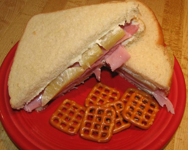 Hawaiian Ham Sandwich