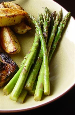 Thyme Marinated Grilled Asparagus