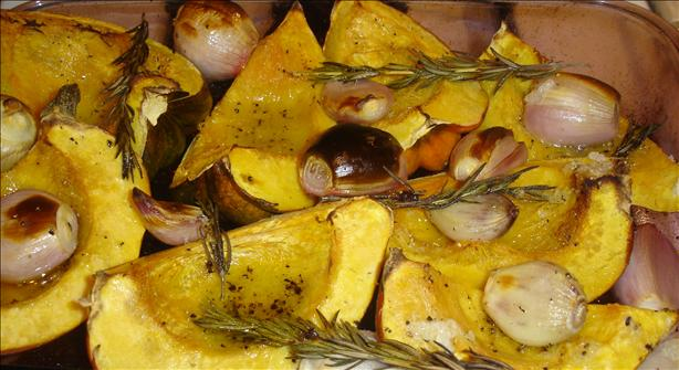 Roasted Acorn Squash With Shallots and Rosemary