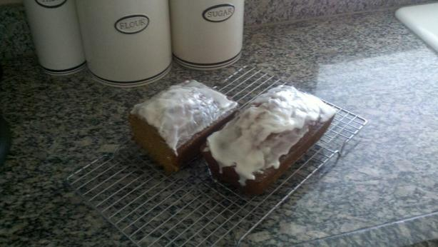 pumpkin bread with easy icing - YUMMY