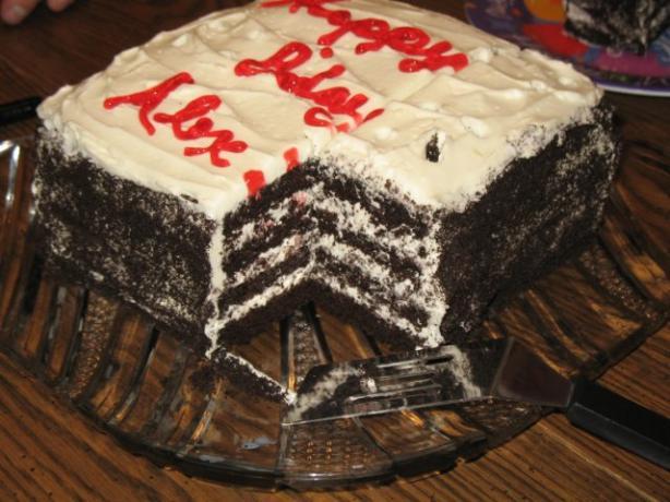 Oreos 'n' Cream Cake