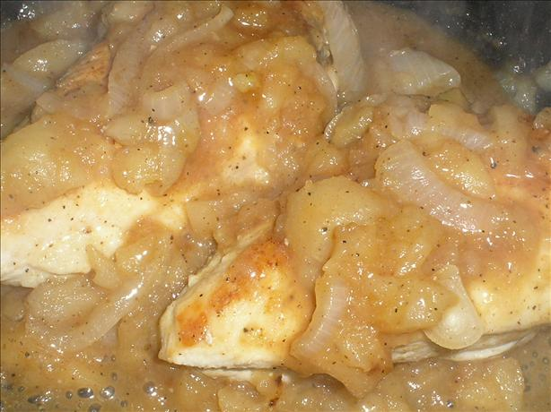 Chicken Smothered With Apples & Onions