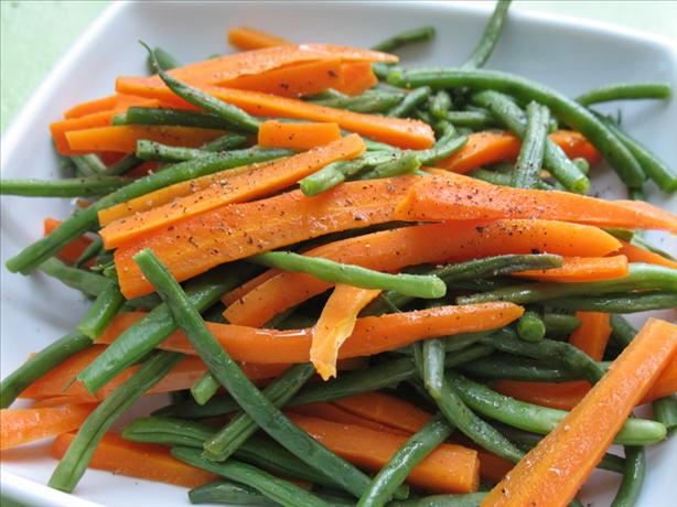Easy Buttered Green Beans and Carrot Sticks