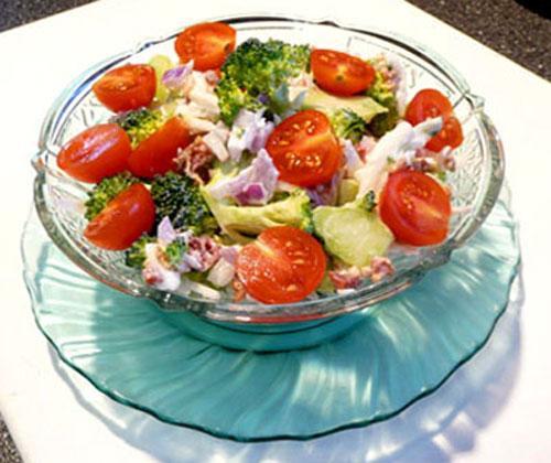 Best Raw-Broccoli Salad