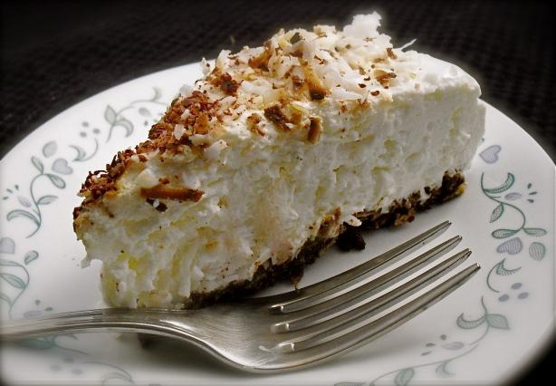 Gluten-Free, No-Bake Lemon Yogurt Pie