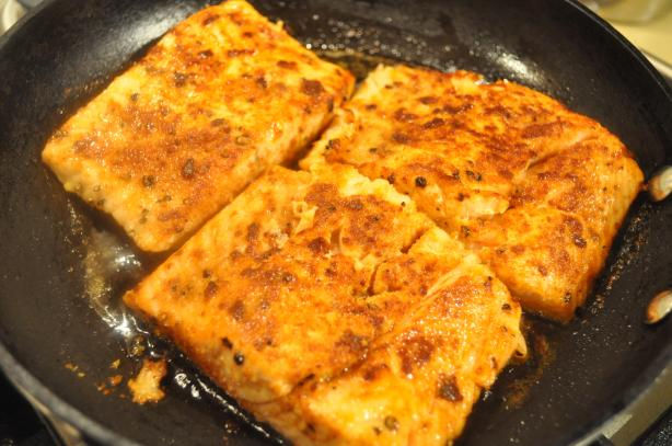 Spicy Pan-Seared Salmon