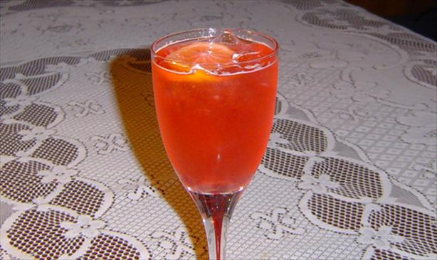 Fizzy Raspberry Citrus Ice Tea