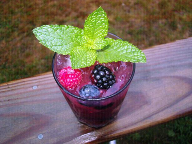 Summer Berry Mojito