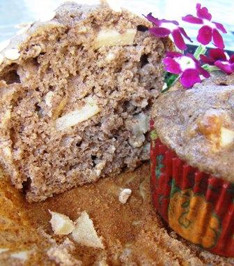 Healthy Caramel Apple Muffins