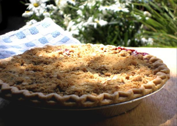 Crumble Berry Pie