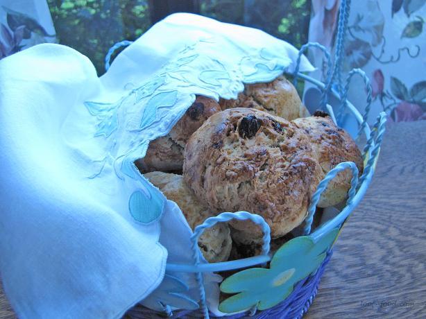 Slovenian Easter Bread - Velikonocni Kruhki