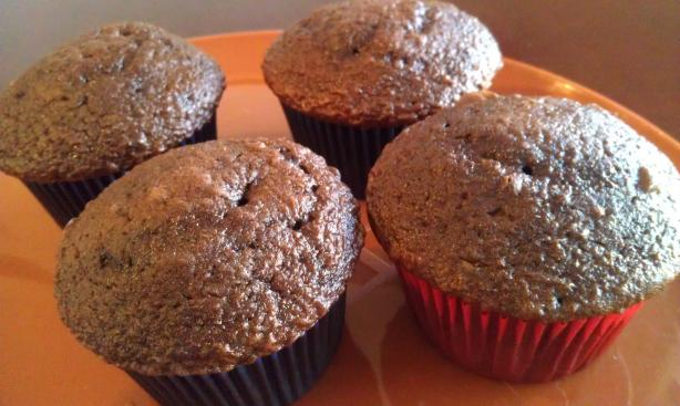 """sneaky"" Chocolate Zucchini Cupcakes Kids Love"