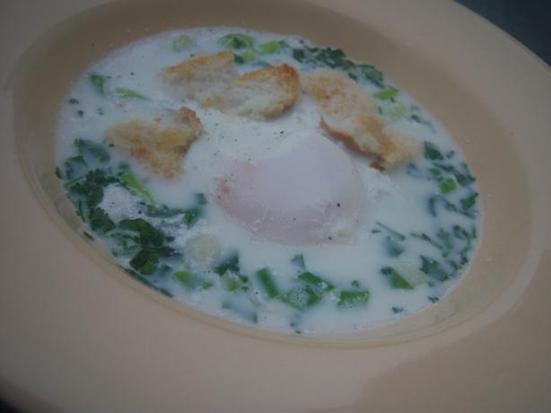 Egg and Coriander Soup (Changua)