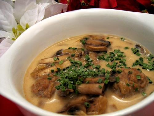 Simply Delicious Mushroom Meatball Soup