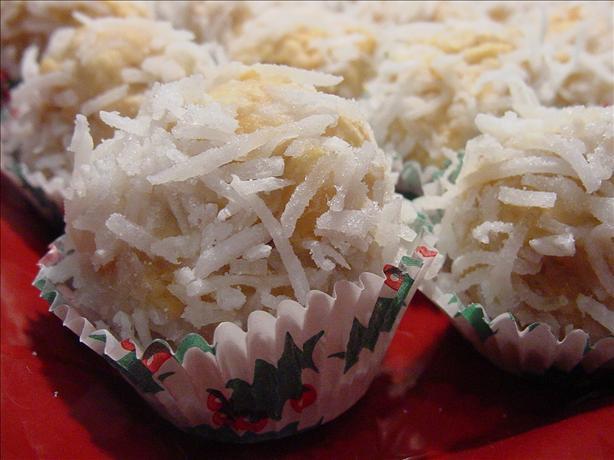 Coconut Snowflake Cookies