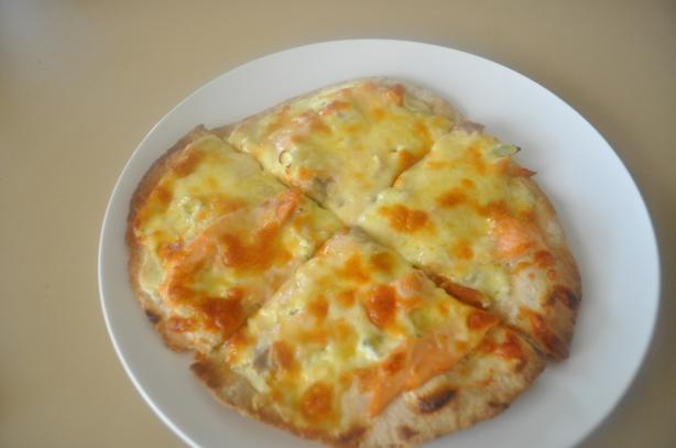 Individual Dilled Salmon Pizzas
