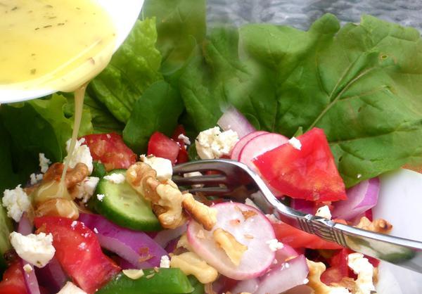 Fresh Summertime Vegetable Salad