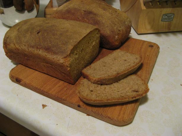 Blue Ribbon Winning Whole Barley Sandwich Bread (With Video!)