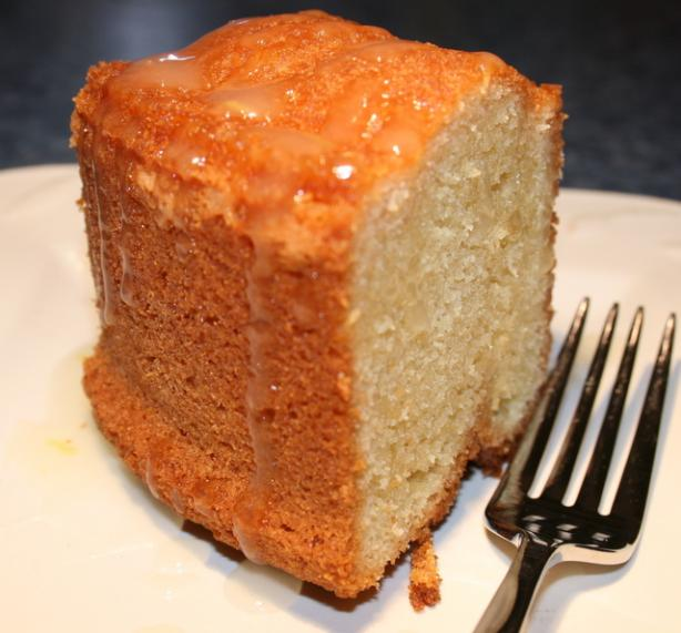 Happy Cake ( Pound Cake )