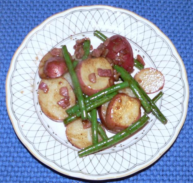Pan Sauteed Potatoes & Green Beans