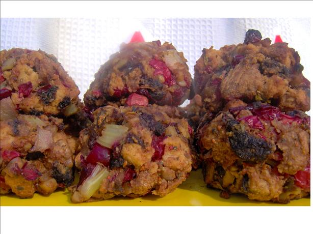Raisin-Cranberry Stuffing Balls