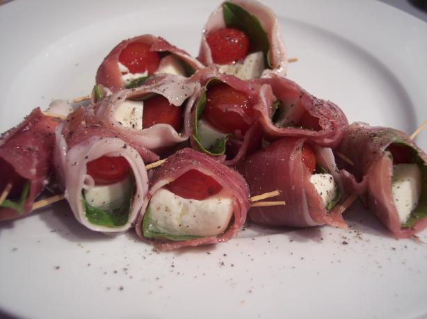 Prosciutto-Wrapped Mozzarella & Basil