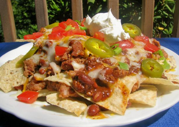 Cheesy Macho Nachos