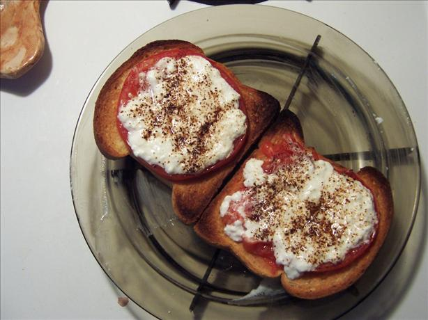 My Awesome Cottage Cheese Tomato Sandwich