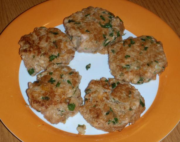 Fresh Salmon Burgers With Hoisin and Ginger (Low Fat)
