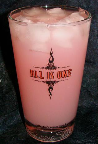 Pinky Lady Lemonade Cocktail