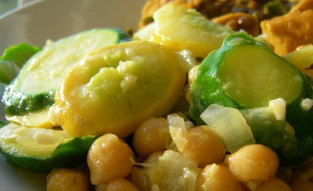 Sautéed Zucchini & Chickpeas