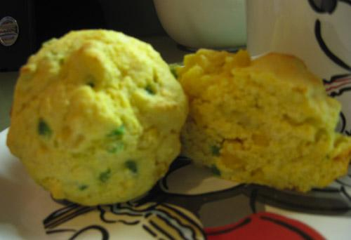 Low-Fat Jalapeno Cornbread Muffins