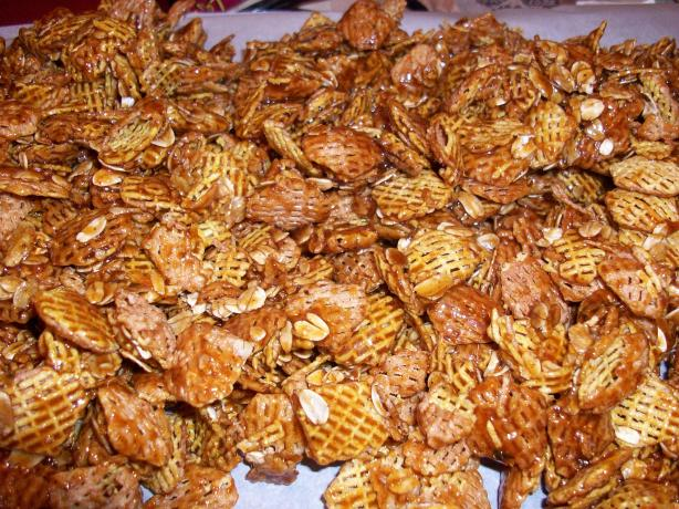 Crispy Glazed Snack Mix