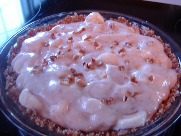 Banana-Pecan Pie (Raw Foods)