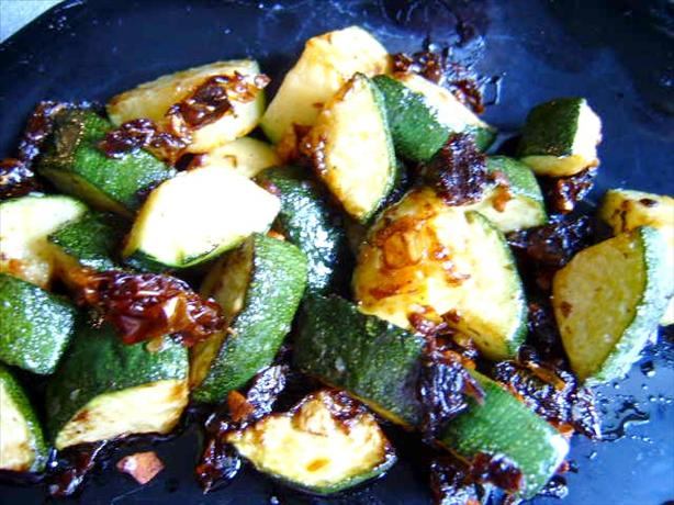 Zucchini With Sun-Dried Tomatoes