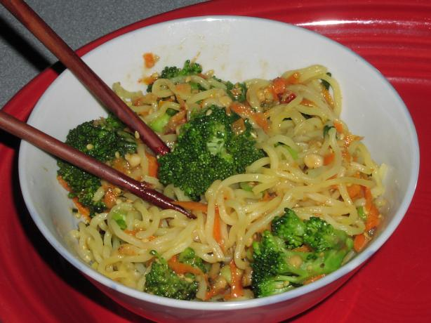 Sesame Noodles With Broccoli