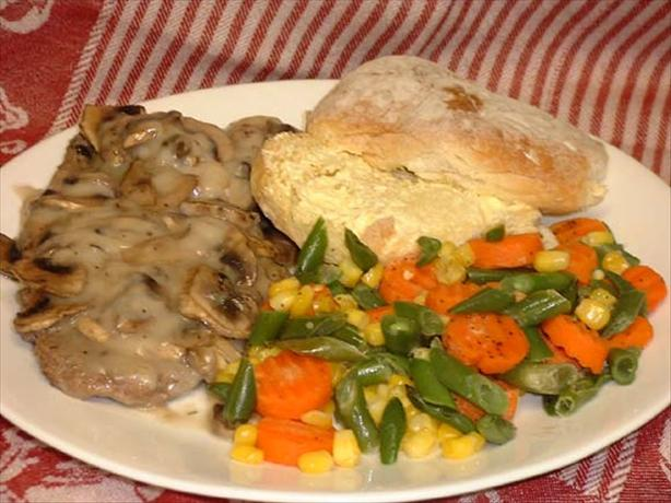 Smothered Cube Steak With Mushrooms-N-Gravy