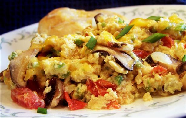 Veggie Cheddar Scrambled Eggs