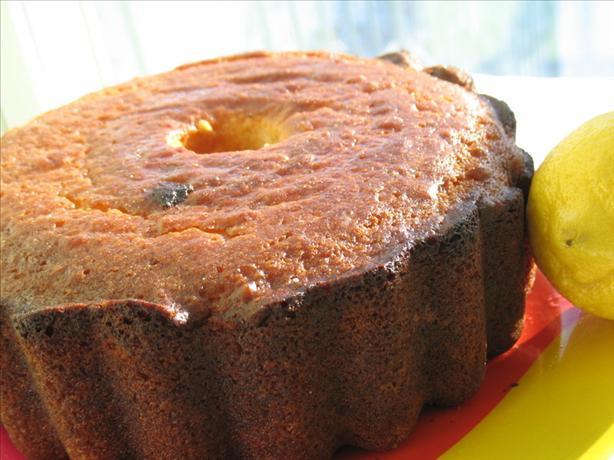 Lemon Cake With Lemon Cream or Raspberry Sauce