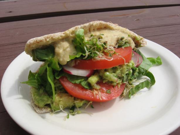 Avocado Hummus Pita
