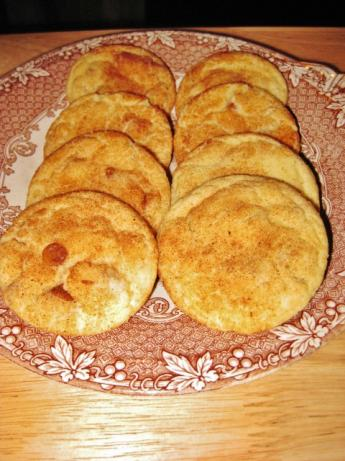 Snickerdoodle Cookies With Cinnamon Chips