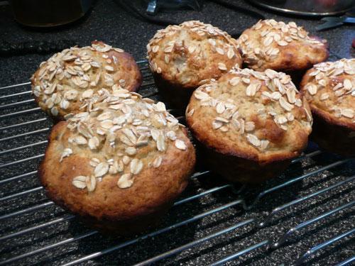 Pear-Oatmeal Muffins