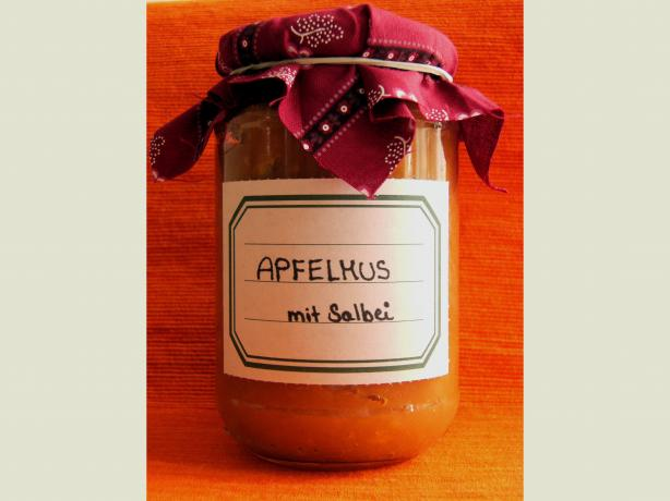 Sage Honey Applesauce