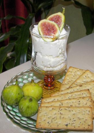 Fresh Figs With Garlic-Feta Cream
