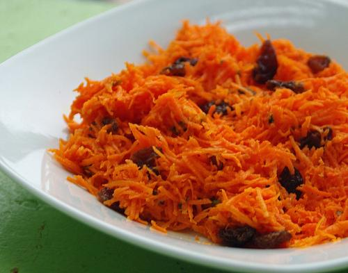 No Fat Carrot Raisin Salad